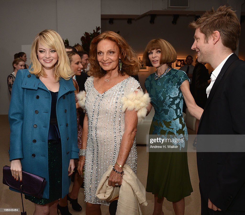 Actress <a gi-track='captionPersonalityLinkClicked' href=/galleries/search?phrase=Emma+Stone&family=editorial&specificpeople=672023 ng-click='$event.stopPropagation()'>Emma Stone</a>, designer Diane Von Furstenberg, Vogue Editor -in-Chief <a gi-track='captionPersonalityLinkClicked' href=/galleries/search?phrase=Anna+Wintour&family=editorial&specificpeople=202210 ng-click='$event.stopPropagation()'>Anna Wintour</a> and Burberry CCO <a gi-track='captionPersonalityLinkClicked' href=/galleries/search?phrase=Christopher+Bailey&family=editorial&specificpeople=587505 ng-click='$event.stopPropagation()'>Christopher Bailey</a> attend The Ninth Annual CFDA/Vogue Fashion Fund Awards at 548 West 22nd Street on November 13, 2012 in New York City.