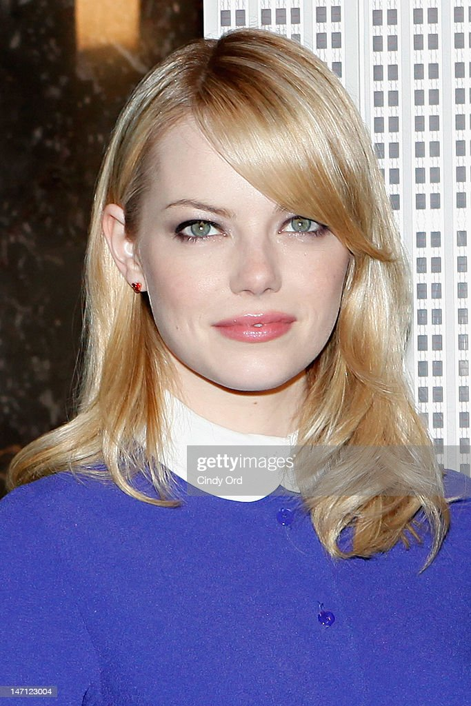 Actress <a gi-track='captionPersonalityLinkClicked' href=/galleries/search?phrase=Emma+Stone&family=editorial&specificpeople=672023 ng-click='$event.stopPropagation()'>Emma Stone</a> visits The Empire State Building on June 25, 2012 in New York City.