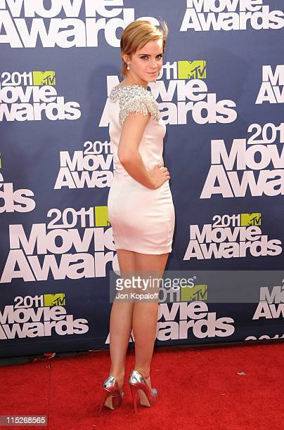 Actress Emma Watson arrives at the 2011 MTV Movie Awards at Gibson Amphitheatre on June 5 2011 in Universal City California