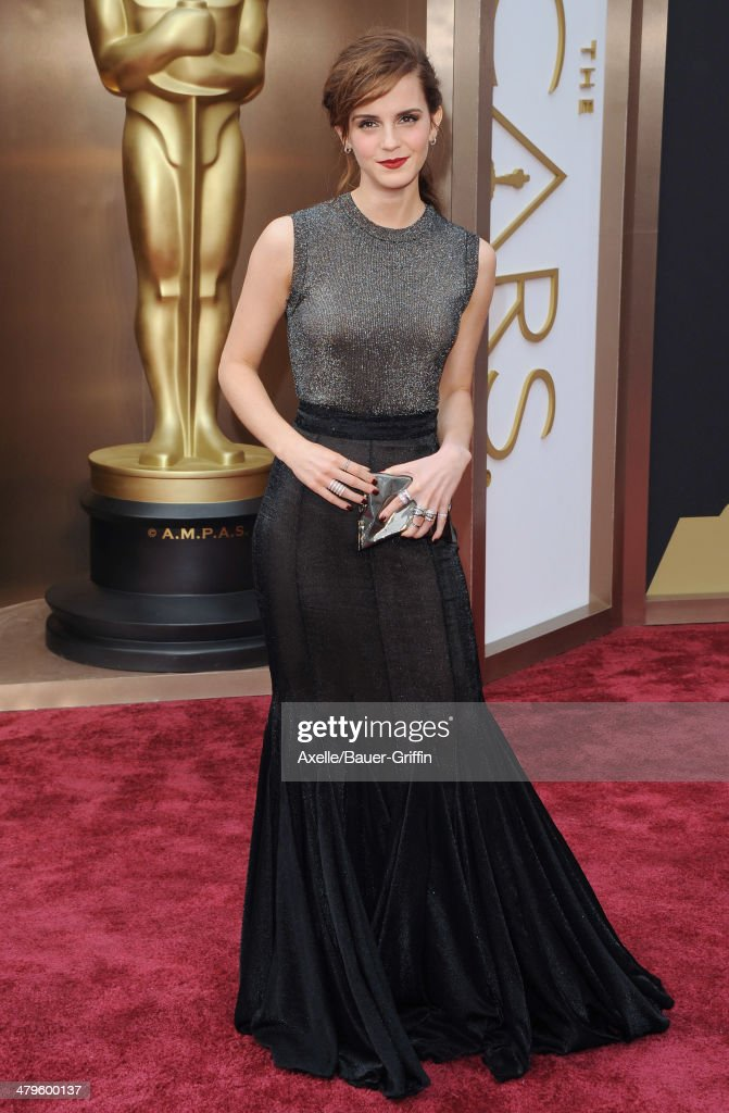 Actress <a gi-track='captionPersonalityLinkClicked' href=/galleries/search?phrase=Emma+Watson&family=editorial&specificpeople=171373 ng-click='$event.stopPropagation()'>Emma Watson</a> arrives at the 86th Annual Academy Awards at Hollywood & Highland Center on March 2, 2014 in Hollywood, California.