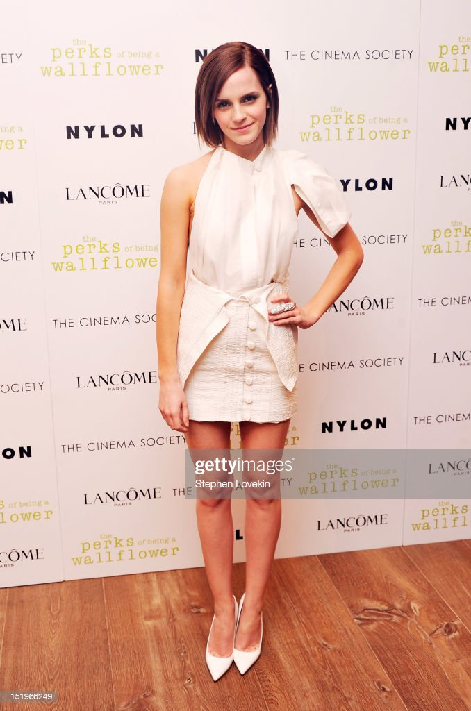 Actress <a gi-track='captionPersonalityLinkClicked' href=/galleries/search?phrase=Emma+Watson&family=editorial&specificpeople=171373 ng-click='$event.stopPropagation()'>Emma Watson</a> attends The Cinema Society special screening of 'The Perks Of Being A Wall Flower' on September 13, 2012 in New York City.