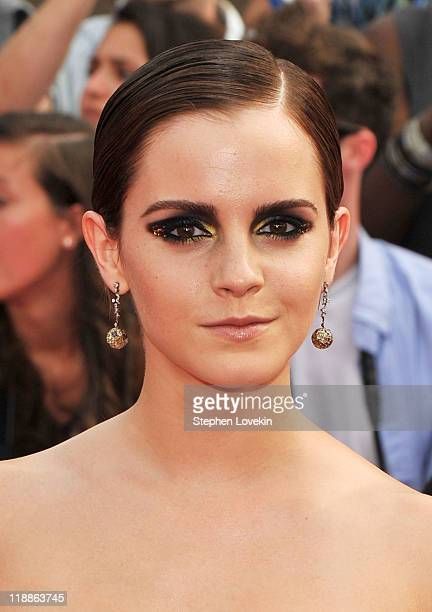 Actress Emma Watson attends the New York premiere of 'Harry Potter And The Deathly Hallows Part 2' at Avery Fisher Hall Lincoln Center on July 11...