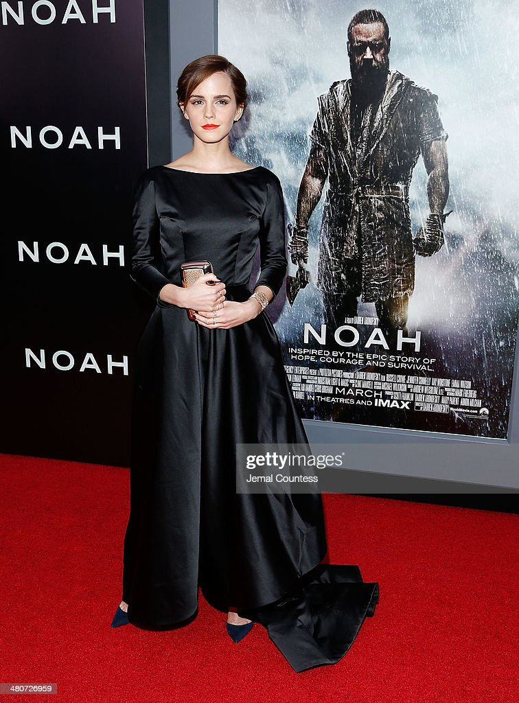 Actress <a gi-track='captionPersonalityLinkClicked' href=/galleries/search?phrase=Emma+Watson&family=editorial&specificpeople=171373 ng-click='$event.stopPropagation()'>Emma Watson</a> attends the New York Premiere of 'Noah' at Clearview Ziegfeld Theatre on March 26, 2014 in New York City.