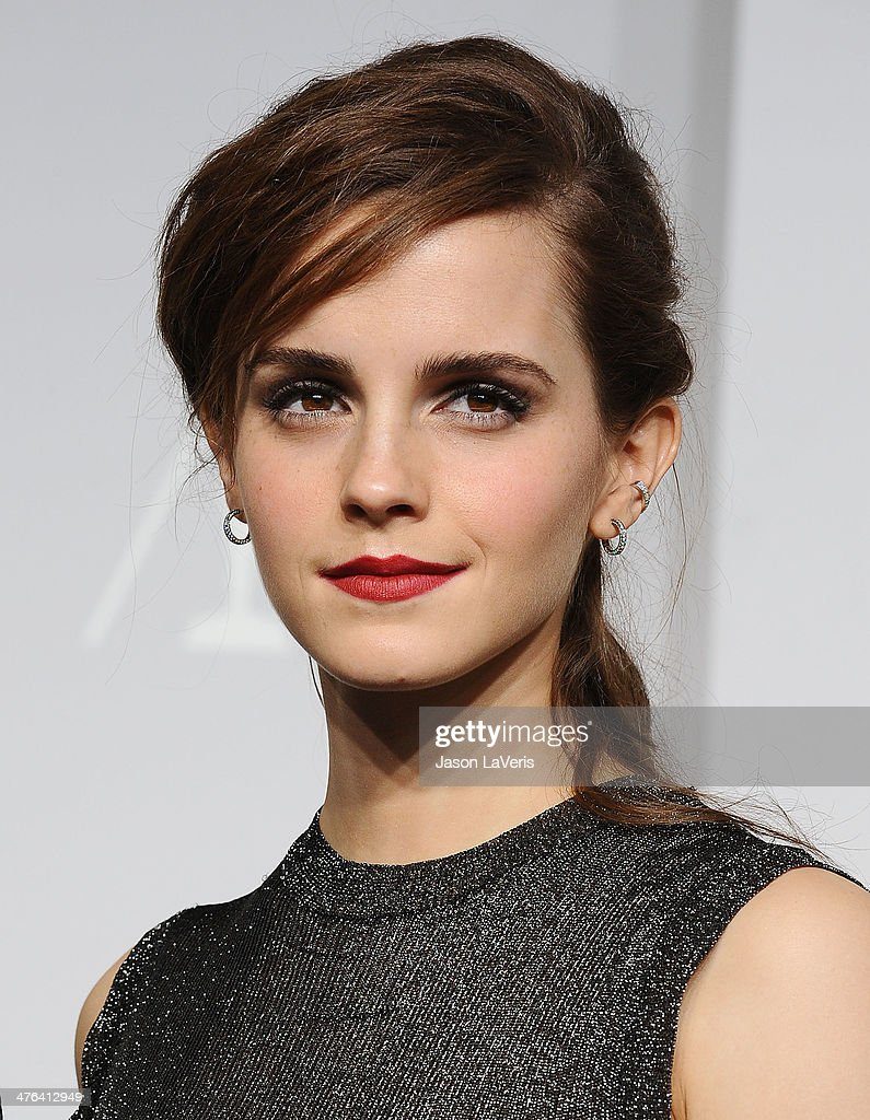 Actress <a gi-track='captionPersonalityLinkClicked' href=/galleries/search?phrase=Emma+Watson&family=editorial&specificpeople=171373 ng-click='$event.stopPropagation()'>Emma Watson</a> poses in the press room at the 86th annual Academy Awards at Dolby Theatre on March 2, 2014 in Hollywood, California.