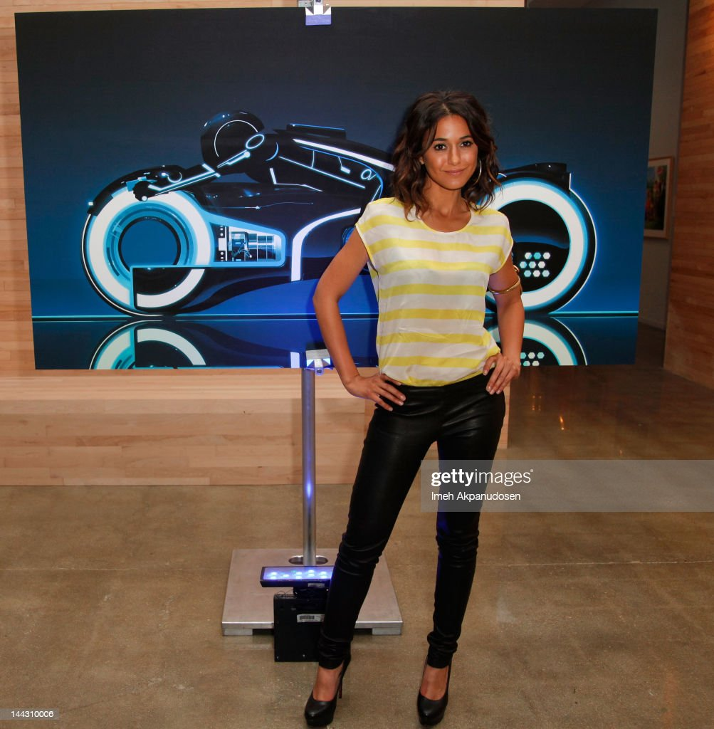 Actress Emmanuelle Chriqui attends Disney XD's 'TRON: Uprising' Press Event And Reception at DisneyToon Studios on May 12, 2012 in Glendale, California.
