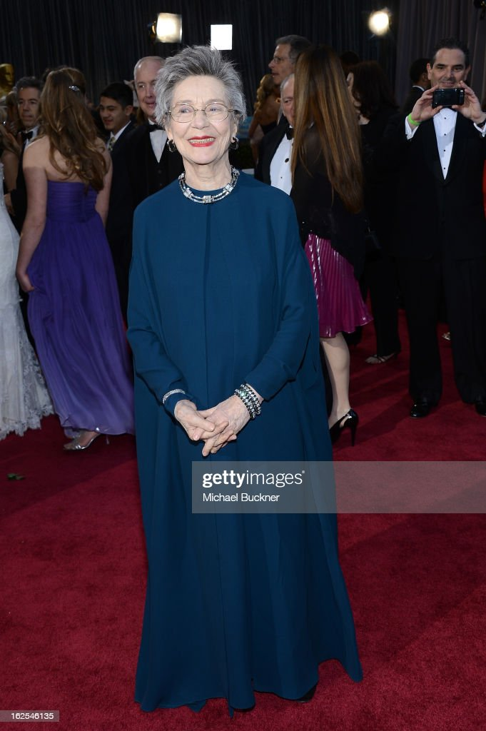 Actress <a gi-track='captionPersonalityLinkClicked' href=/galleries/search?phrase=Emmanuelle+Riva&family=editorial&specificpeople=2029319 ng-click='$event.stopPropagation()'>Emmanuelle Riva</a> arrives at the Oscars at Hollywood & Highland Center on February 24, 2013 in Hollywood, California.