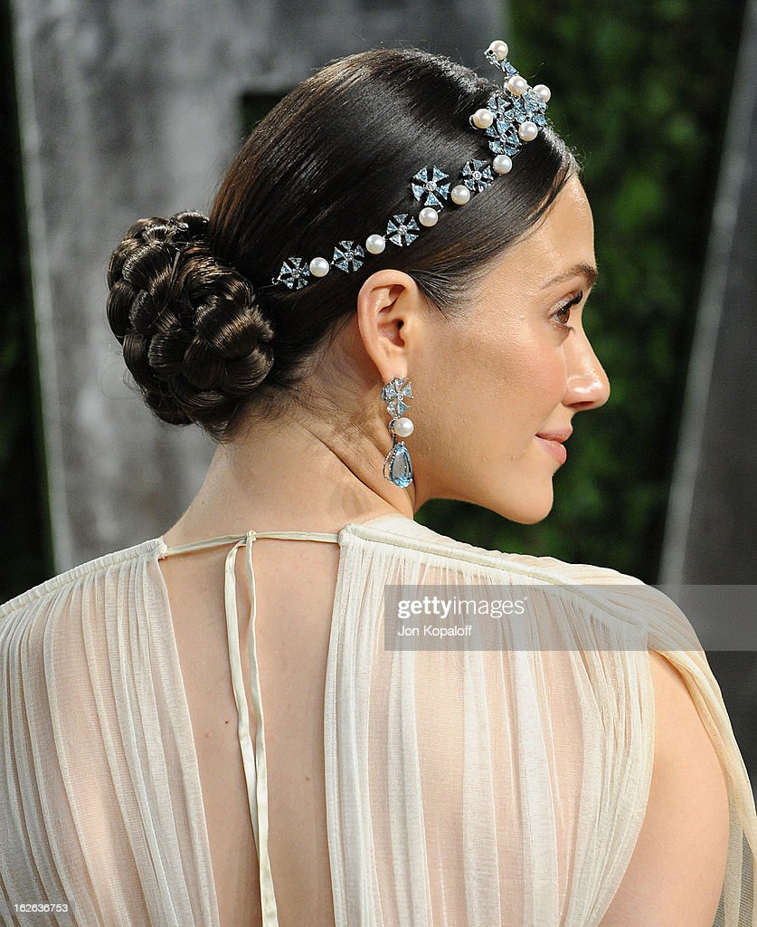 Actress Emmy Rossum attends the 2013 Vanity Fair Oscar party at Sunset Tower on February 24, 2013 in West Hollywood, California.