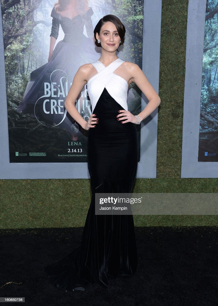 Actress <a gi-track='captionPersonalityLinkClicked' href=/galleries/search?phrase=Emmy+Rossum&family=editorial&specificpeople=202563 ng-click='$event.stopPropagation()'>Emmy Rossum</a> attends the premiere Of Warner Bros. Pictures' 'Beautiful Creatures' at TCL Chinese Theatre on February 6, 2013 in Hollywood, California.