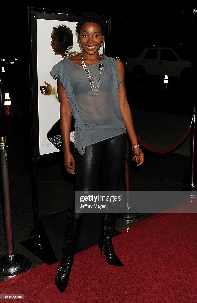 Actress Erica Ash arrives at the Los Angeles premiere of '12 Years A Slave' at Directors Guild Of America on October 14, 2013 in Los Angeles, California.
