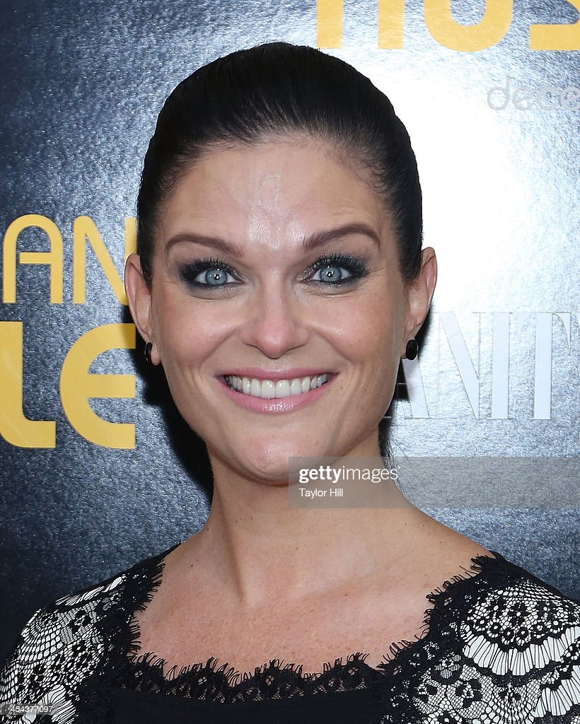 Actress Erica McDermott attends the 'American Hustle' screening at Ziegfeld Theater on December 8, 2013 in New York City.