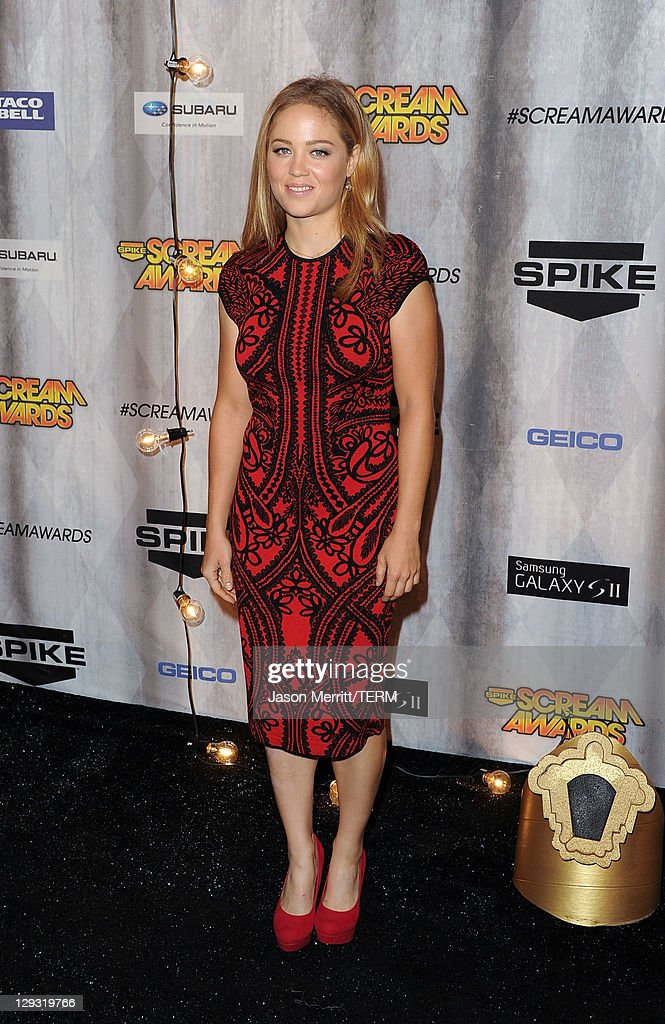 Actress Erika Christensen arrives at Spike TV's 'SCREAM 2011' awards held at Universal Studios on October 15, 2011 in Universal City, California.