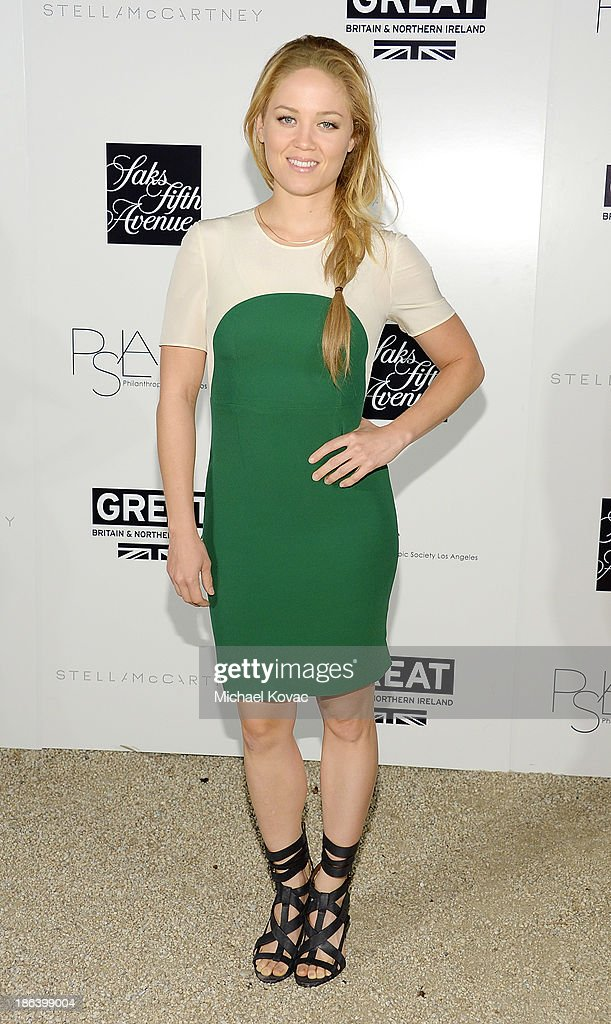 Actress <a gi-track='captionPersonalityLinkClicked' href=/galleries/search?phrase=Erika+Christensen&family=editorial&specificpeople=202168 ng-click='$event.stopPropagation()'>Erika Christensen</a> arrives at the Fourth Annual Autumn Party With Stella McCartney on October 30, 2013 in Los Angeles, California.