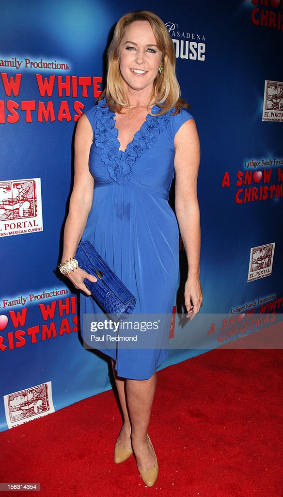 Actress Erin Murphy arrives at the Pasadena Playhouse and Lythgoe Family Production's 'A Snow White Christmas' at Pasadena Playhouse on December 12, 2012 in Pasadena, California.