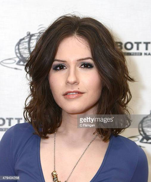 Erin Sanders Stock Photos and Pictures : Getty Images