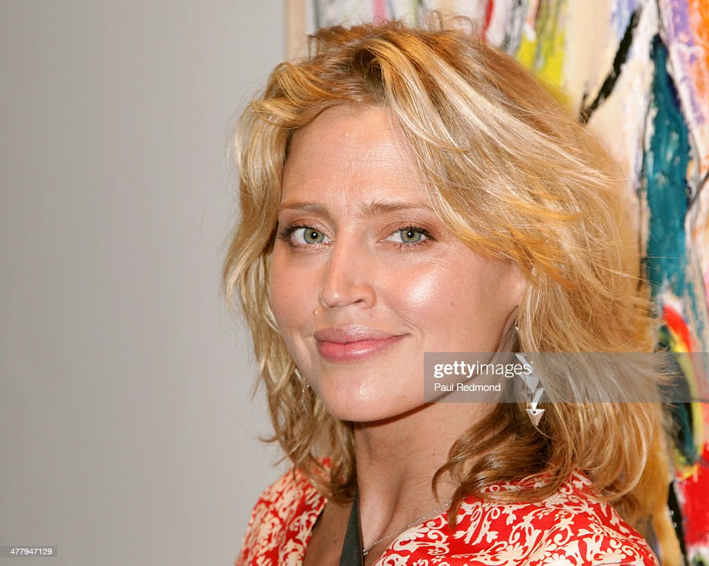 Actress <a gi-track='captionPersonalityLinkClicked' href=/galleries/search?phrase=Estella+Warren&family=editorial&specificpeople=214695 ng-click='$event.stopPropagation()'>Estella Warren</a> attends Alexander Yulish 'An Unquiet Mind' VIP Opening Reception at KM Fine Arts LA Studio on March 8, 2014 in Los Angeles, California.