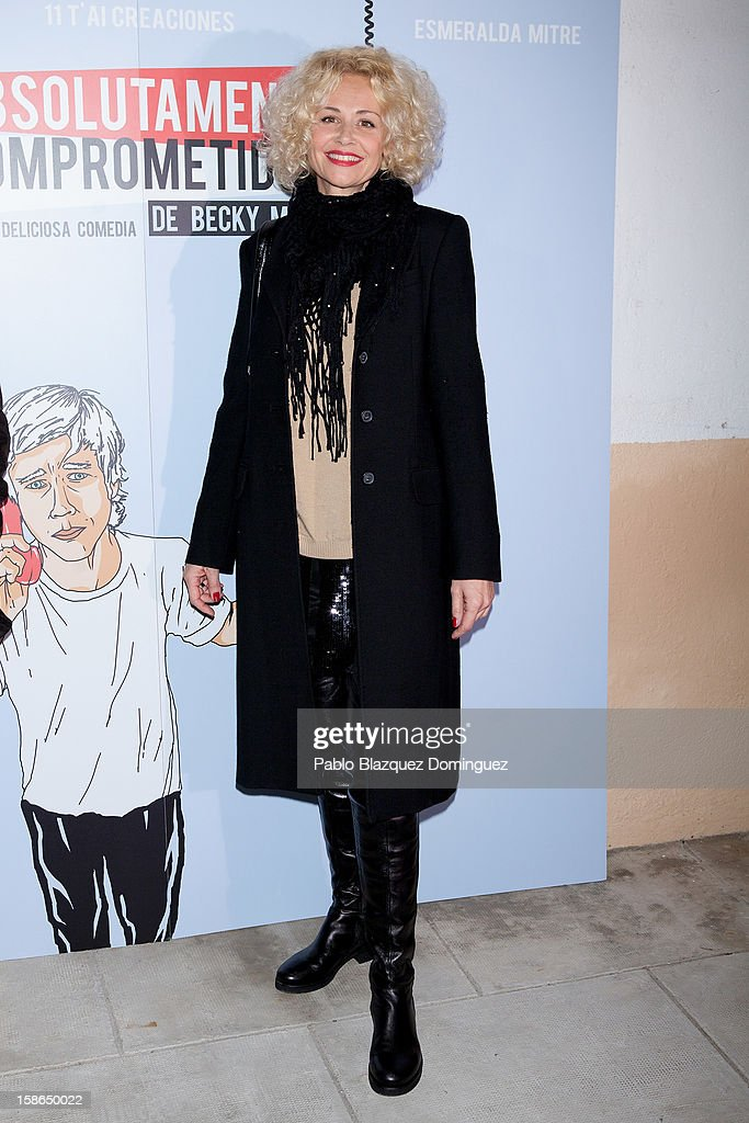 Actress Esther Arroyo attends 'Absolutamente Comprometidos' premiere at Teatro del Arte de Madrid on December 22, 2012 in Madrid, Spain.