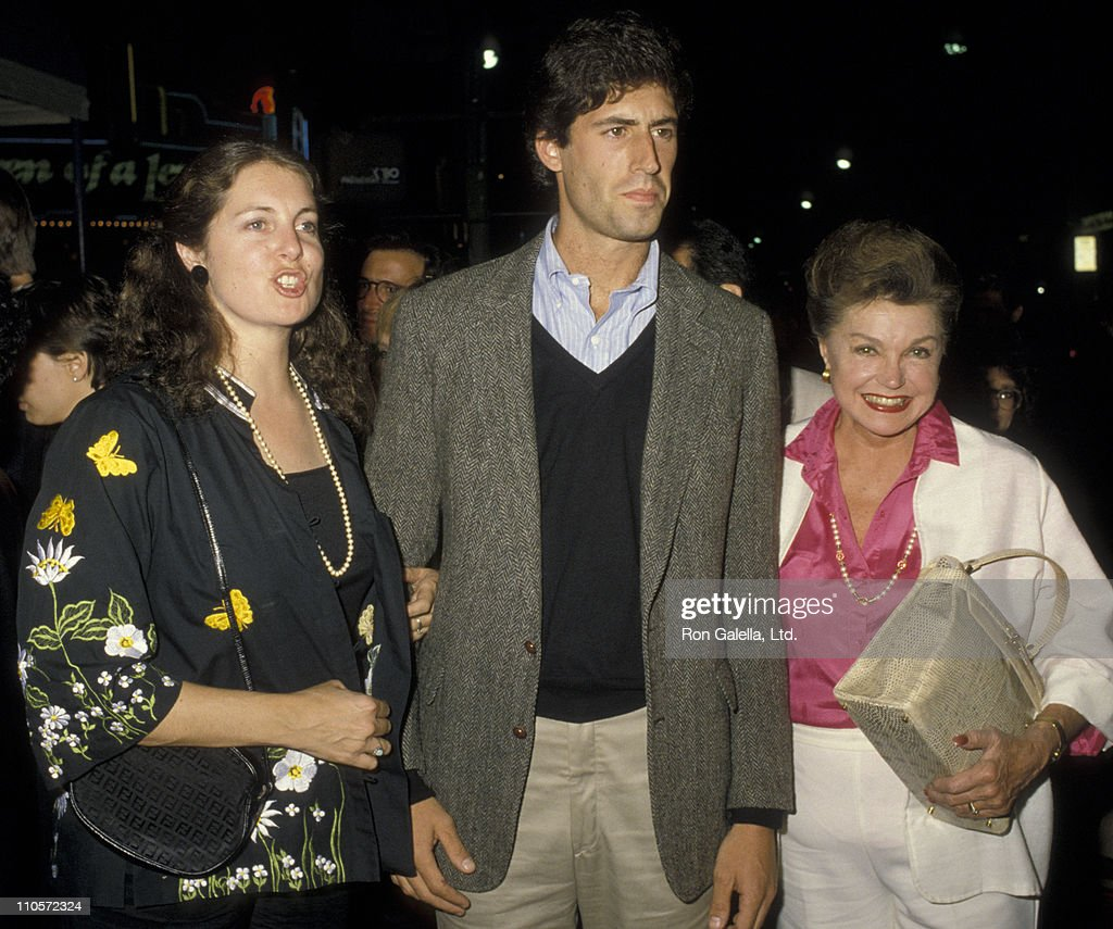 Actress <a gi-track='captionPersonalityLinkClicked' href=/galleries/search?phrase=Esther+Williams&family=editorial&specificpeople=123838 ng-click='$event.stopPropagation()'>Esther Williams</a>, son Benjamin Williams and daughter Susan Williams attend the premiere of 'Nobody's Fool' on November 3, 1986 at Mann Village Theater in Westwood, California.