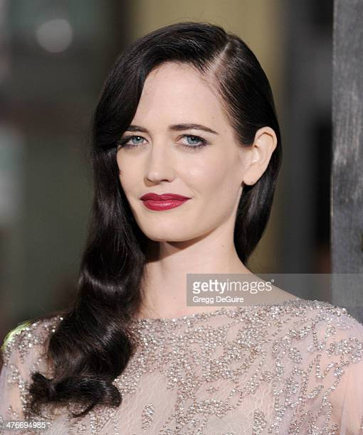 Actress Eva Green arrives at the '300 Rise Of An Empire' Los Angeles premiere at TCL Chinese Theatre on March 4 2014 in Hollywood California