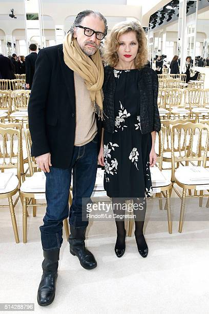 Actress Eva Ionesco and her husband writer Simon Liberati attend the Chanel show as part of the Paris Fashion Week Womenswear Fall/Winter 2016/2017...