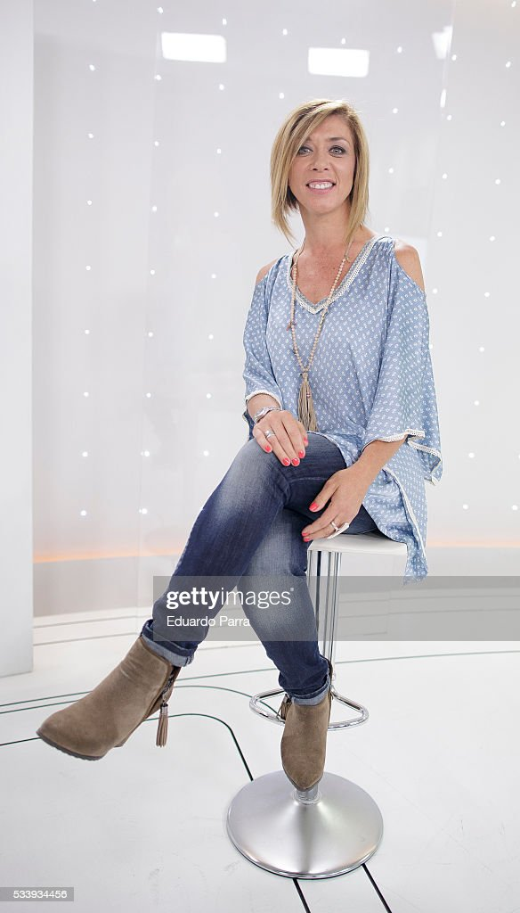 Actress Eva Isanta attends 'El hombre de tu vida' press conference at RTVE studios on May 24, 2016 in Madrid, Spain.