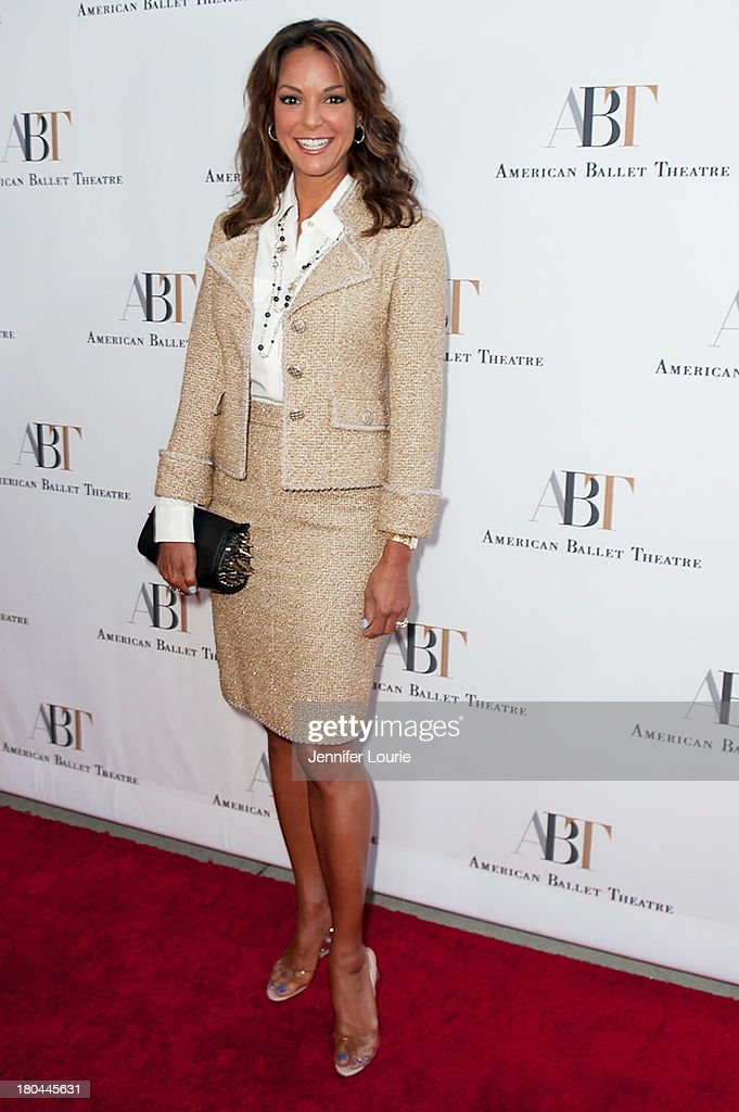 Actress <a gi-track='captionPersonalityLinkClicked' href=/galleries/search?phrase=Eva+LaRue&family=editorial&specificpeople=226694 ng-click='$event.stopPropagation()'>Eva LaRue</a> arrives at the American Ballet Theatre's Annual Fundraiser 'Stars Under the Stars: An Evening in Los Angeles' at private residence on September 12, 2013 in Beverly Hills, California.