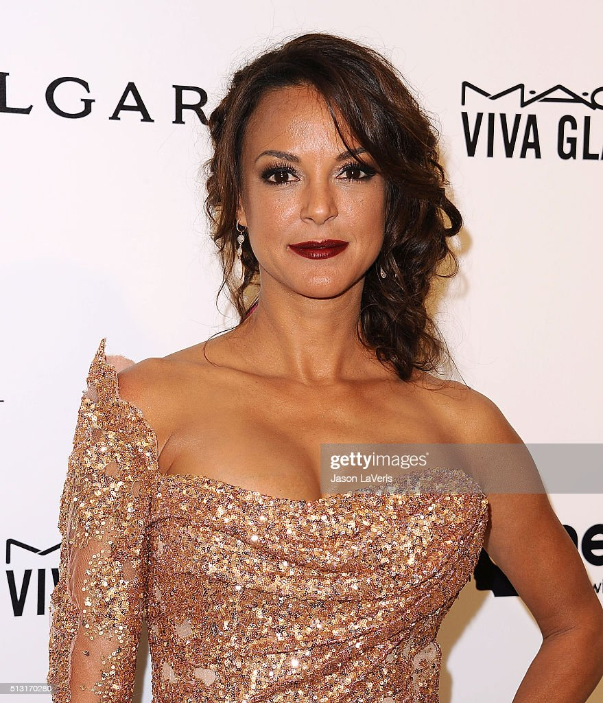 Actress <a gi-track='captionPersonalityLinkClicked' href=/galleries/search?phrase=Eva+LaRue&family=editorial&specificpeople=226694 ng-click='$event.stopPropagation()'>Eva LaRue</a> attends the 24th annual Elton John AIDS Foundation's Oscar viewing party on February 28, 2016 in West Hollywood, California.