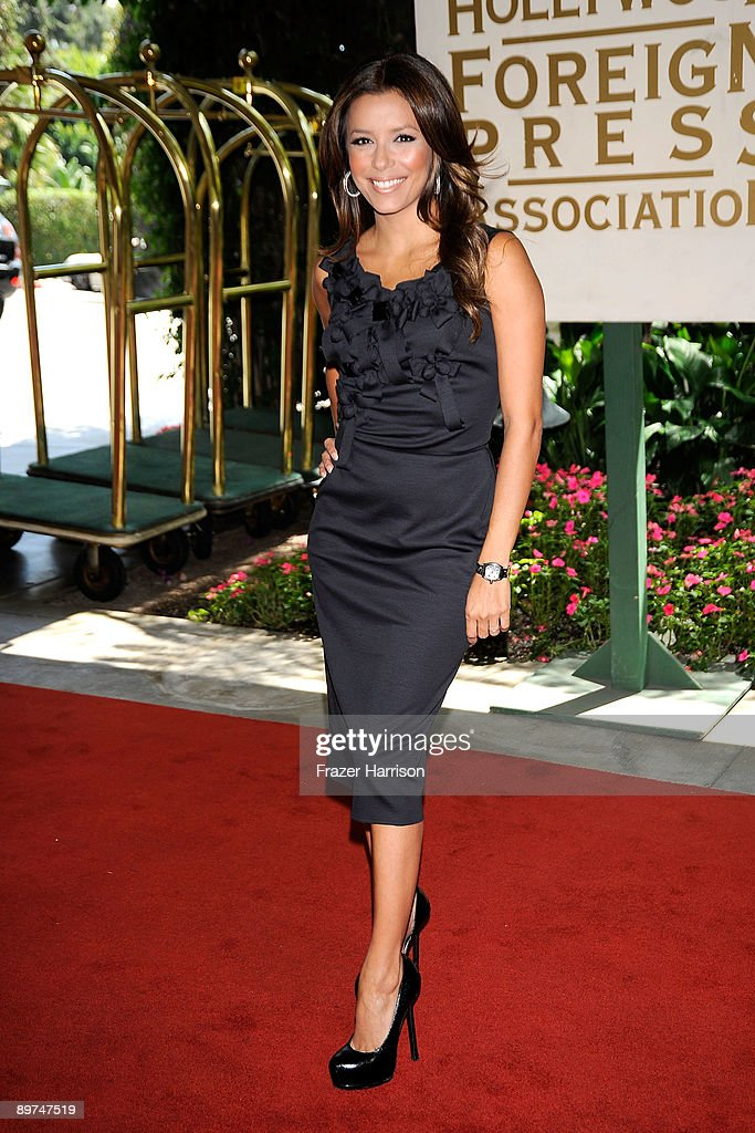 Actress Eva Longoria arrives at the Hollywood Foreign Press Association's installation luncheon held at the Beverly Hills Hotel on August 11, 2009 in Beverly Hills, California.