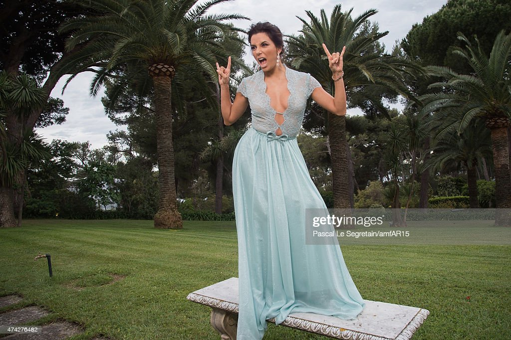 Actress <a gi-track='captionPersonalityLinkClicked' href=/galleries/search?phrase=Eva+Longoria&family=editorial&specificpeople=202082 ng-click='$event.stopPropagation()'>Eva Longoria</a> attends amfAR's 22nd Cinema Against AIDS Gala, Presented By Bold Films And Harry Winston at Hotel du Cap-Eden-Roc on May 21, 2015 in Cap d'Antibes, France.