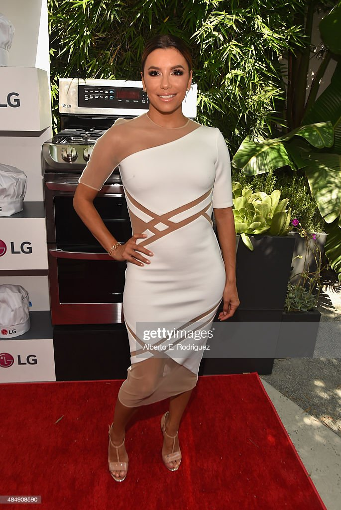Actress <a gi-track='captionPersonalityLinkClicked' href=/galleries/search?phrase=Eva+Longoria&family=editorial&specificpeople=202082 ng-click='$event.stopPropagation()'>Eva Longoria</a> attends <a gi-track='captionPersonalityLinkClicked' href=/galleries/search?phrase=Eva+Longoria&family=editorial&specificpeople=202082 ng-click='$event.stopPropagation()'>Eva Longoria</a> and LG Electronics Host 'Fam To Table' Series at The Washbow on August 22, 2015 in Culver City, California.
