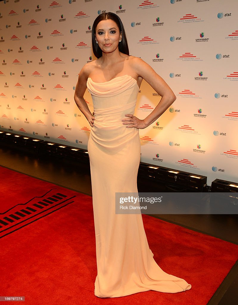 Actress <a gi-track='captionPersonalityLinkClicked' href=/galleries/search?phrase=Eva+Longoria&family=editorial&specificpeople=202082 ng-click='$event.stopPropagation()'>Eva Longoria</a> attends Latino Inaugural 2013: In Performance at Kennedy Center at The Kennedy Center on January 20, 2013 in Washington, DC.