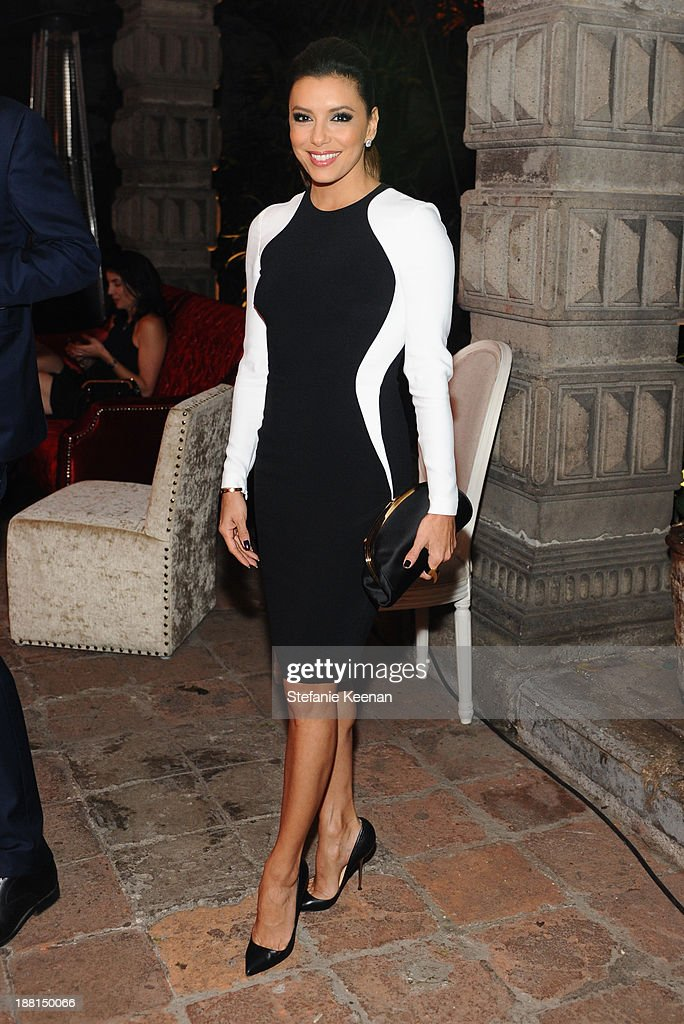 Actress Eva Longoria attends Museo Jumex Opening welcome dinner at Casa De La Bola on November 15, 2013 in Mexico City, Mexico.