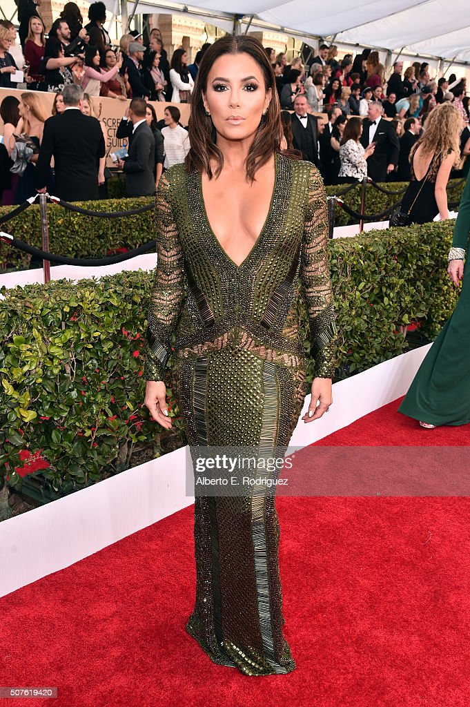 Actress <a gi-track='captionPersonalityLinkClicked' href=/galleries/search?phrase=Eva+Longoria&family=editorial&specificpeople=202082 ng-click='$event.stopPropagation()'>Eva Longoria</a> attends the 22nd Annual Screen Actors Guild Awards at The Shrine Auditorium on January 30, 2016 in Los Angeles, California.