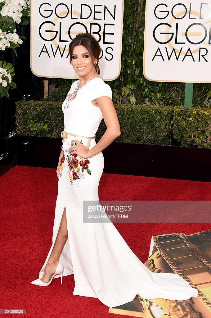 Actress Eva Longoria attends the 73rd Annual Golden Globe Awards held at the Beverly Hilton Hotel on January 10, 2016 in Beverly Hills, California.
