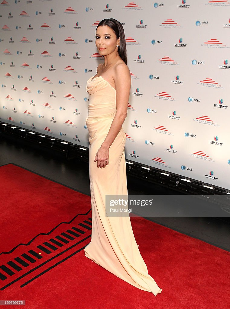 Actress <a gi-track='captionPersonalityLinkClicked' href=/galleries/search?phrase=Eva+Longoria&family=editorial&specificpeople=202082 ng-click='$event.stopPropagation()'>Eva Longoria</a> attends the Latino Inaugural 2013 at The Kennedy Center on January 20, 2013 in Washington, DC.