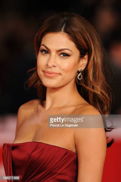 Actress Eva Mendes attends the 'La dolce vita' world restoration premiere during The 5th International Rome Film Festival at Auditorium Parco Della...
