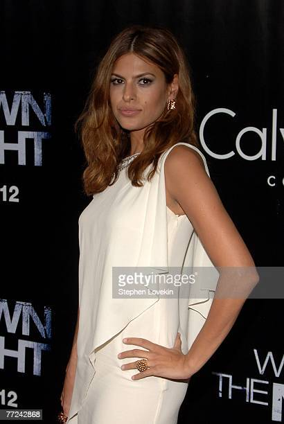 Actress Eva Mendes attends the 'We Own the Night' New York premiere presented by The Cinema Society at the Chelsea West Theater on October 9 2007 in...