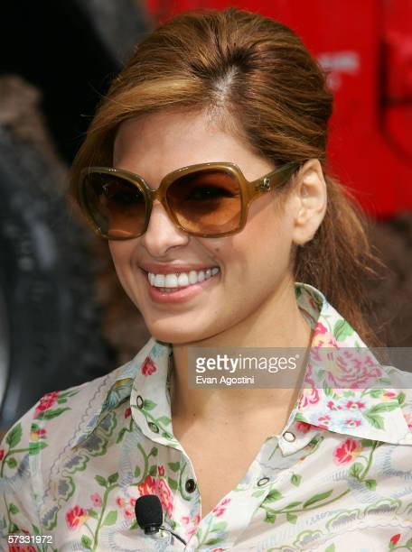 Actress Eva Mendes helps to unveil the new 2007 Jeep Patriot as part of the New York Auto Show at the Jacob Javits Center April 12 2006 in New York...