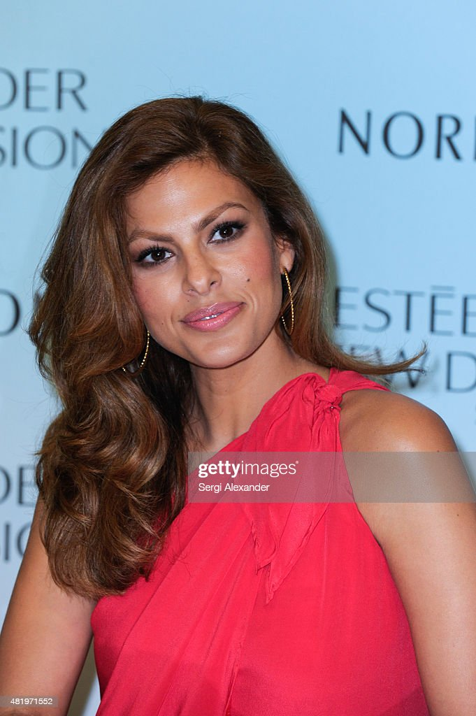 Actress <a gi-track='captionPersonalityLinkClicked' href=/galleries/search?phrase=Eva+Mendes&family=editorial&specificpeople=194937 ng-click='$event.stopPropagation()'>Eva Mendes</a> launches Estee Lauder New Dimension Skincare at Nordstrom Aventura Mall on July 25, 2015 in Aventura, Florida.