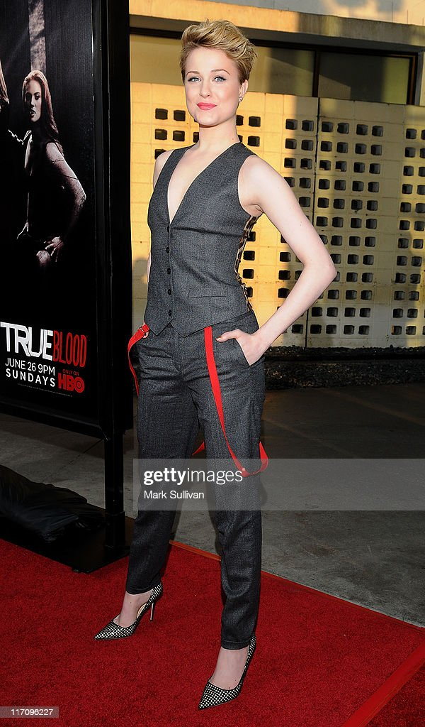 Actress Evan Rachel Wood arrives on the red carpet for HBO's 'True Blood' season 4 premiere at The Dome at Arclight Hollywood on June 21, 2011 in Hollywood, California.