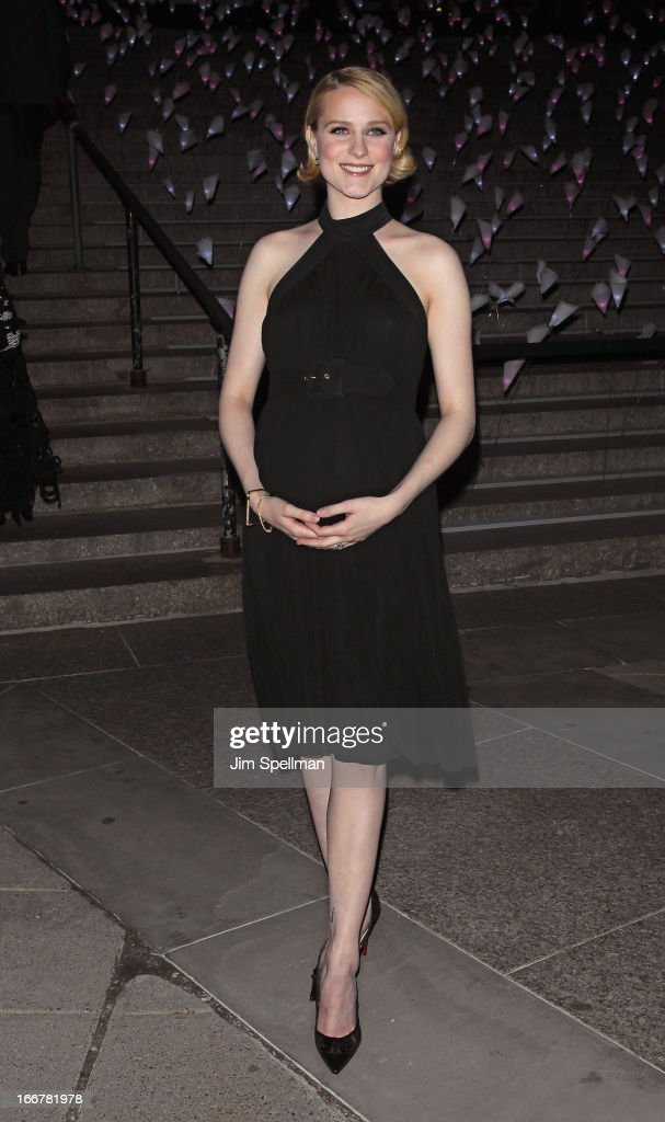Actress <a gi-track='captionPersonalityLinkClicked' href=/galleries/search?phrase=Evan+Rachel+Wood&family=editorial&specificpeople=203074 ng-click='$event.stopPropagation()'>Evan Rachel Wood</a> attends the Vanity Fair Party during the 2013 Tribeca Film Festival at the State Supreme Courthouse on April 16, 2013 in New York City.