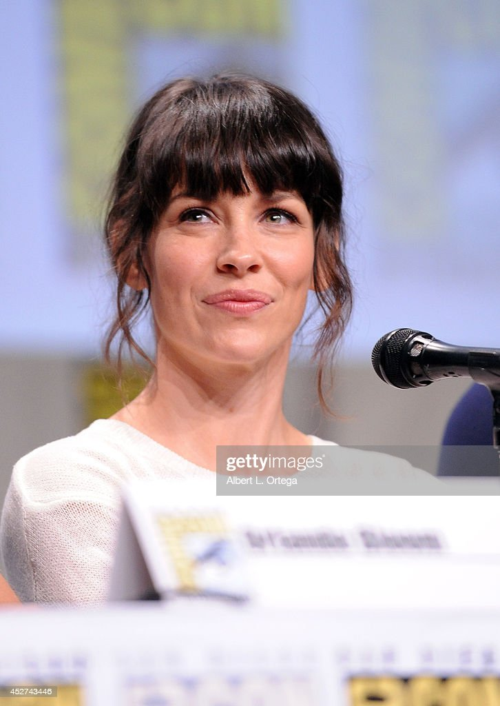 Actress <a gi-track='captionPersonalityLinkClicked' href=/galleries/search?phrase=Evangeline+Lilly&family=editorial&specificpeople=228168 ng-click='$event.stopPropagation()'>Evangeline Lilly</a> attends the Legendary Pictures preview and panel during Comic-Con International 2014 at San Diego Convention Center on July 26, 2014 in San Diego, California.