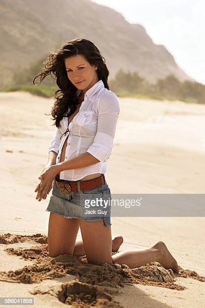 Actress Evangeline Lilly is photographed for TV Guide Magazine on October 4 2004 COVER IMAGE