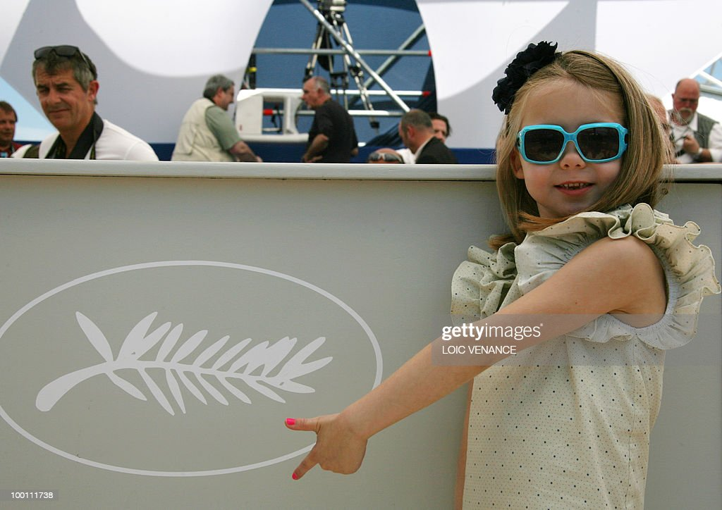 Actress Faith Wladyka poses during the photocall of 'Blue Valentine' presented in the Un Certain Regard selection at the 63rd Cannes Film Festival on May 18, 2010 in Cannes.