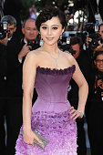 Actress Fan Bingbing attends 'The Artist' Premiere at the Palais des Festivals during the 64th Cannes Film Festival on May 15 2011 in Cannes France