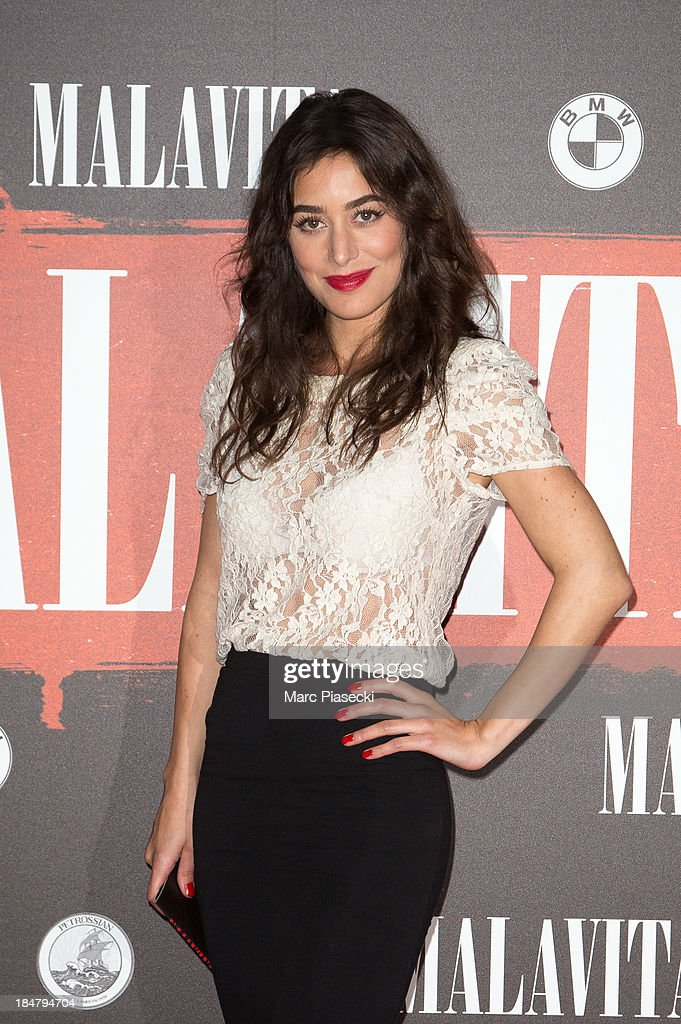 Actress <a gi-track='captionPersonalityLinkClicked' href=/galleries/search?phrase=Fanny+Valette&family=editorial&specificpeople=622717 ng-click='$event.stopPropagation()'>Fanny Valette</a> attends the 'Malavita' premiere on October 16, 2013 in Roissy-en-France, France.