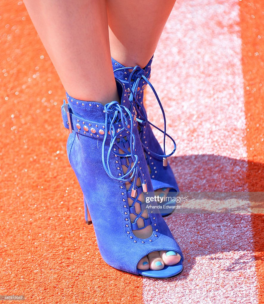 Actress Fatima Ptacek (shoe detail) arrives at the Nickelodeon Kids' Choice Sports Awards 2014 on July 17, 2014 in Los Angeles, California.