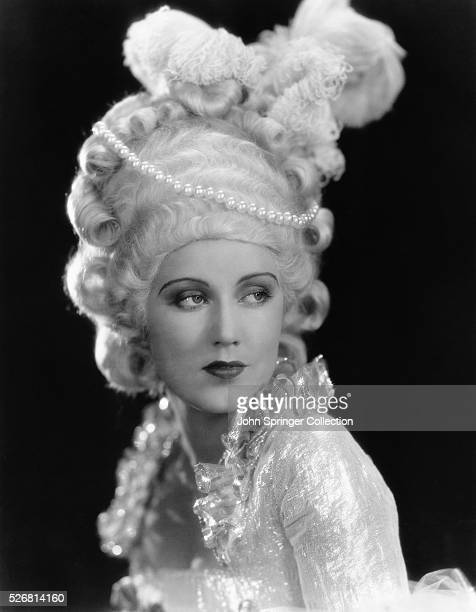 Actress Fay Wray models and elaborate 18th century hairstyle