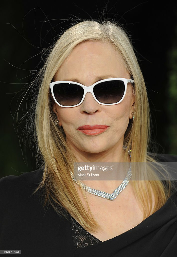 Actress Faye Dunaway arrives at the 2013 Vanity Fair Oscar Party at Sunset Tower on February 24, 2013 in West Hollywood, California.