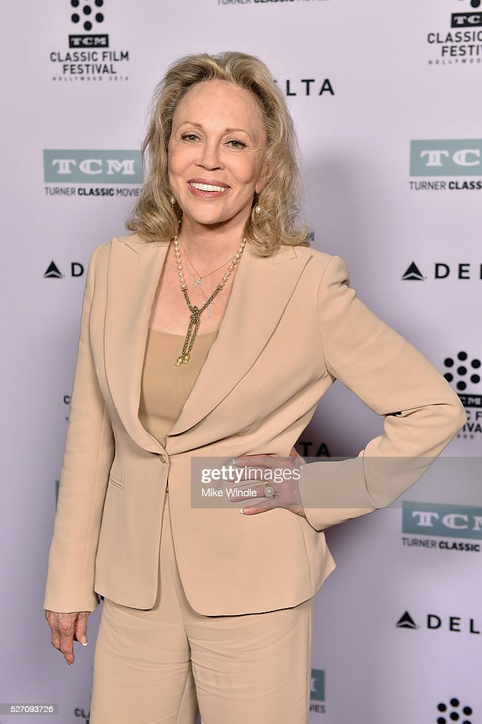 Actress <a gi-track='captionPersonalityLinkClicked' href=/galleries/search?phrase=Faye+Dunaway&family=editorial&specificpeople=204694 ng-click='$event.stopPropagation()'>Faye Dunaway</a> attends 'Network' screening during day 4 of the TCM Classic Film Festival 2016 on May 1, 2016 in Los Angeles, California. 25826_008