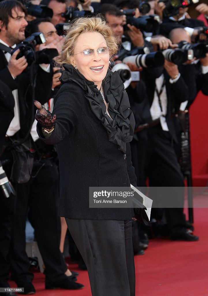 Actress Faye Dunaway attends 'The Tree Of Life' Premiere during the 64th Annual Cannes Film Festival at Palais des Festivals on May 16, 2011 in Cannes, France.